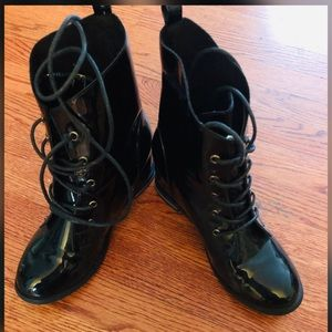 Cute Black Patent Beau & Ashe Boots